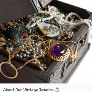 Jewelry - Vintage Pieces - Great Prices! 📿💍